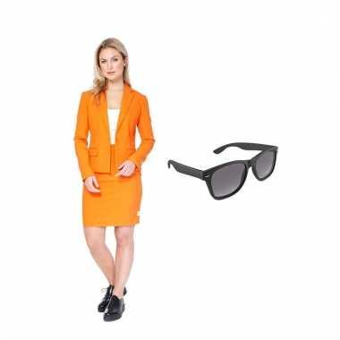 Carnavals pak oranje dames (s) gratis zonnebril