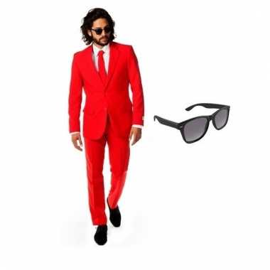 Carnavalspak rood heren pak (m) gratis zonnebril