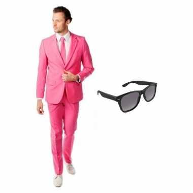 Carnavalspak roze heren pak (xl) gratis zonnebril