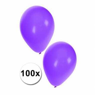 Paarse carnavals ballonnen