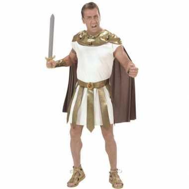 Romeinse carnavalspaks mannen