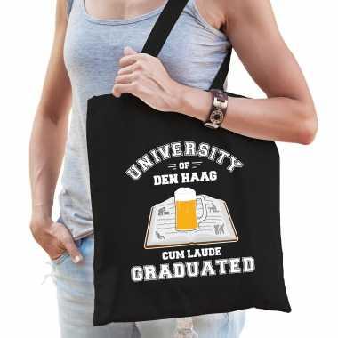 Studenten carnaval verkleed tas zwart university of den haag afgestudeerd dames