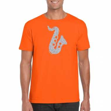 Zilveren muziek saxofoon t-shirt oranje heren carnavalspak saxofonisten